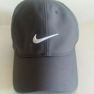 Nike Legacy 91 Gray Tech White Swoosh Golf Hat EUC
